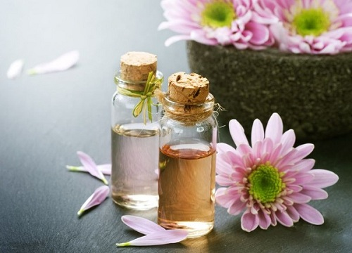 Tinh dầu thơm – Tận hưởng cảm giác thư giãn tại gia đình