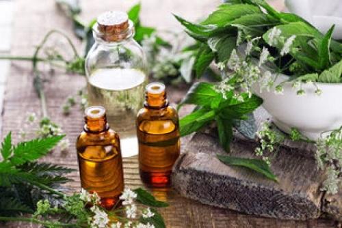Chữa bệnh bằng tinh dầu thơm