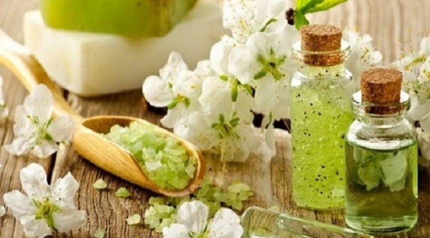 Tinh dầu thơm – Các loại tinh dầu giúp làm đẹp mái tóc
