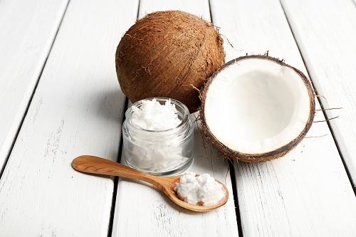 Tác dụng của tinh dầu dừa