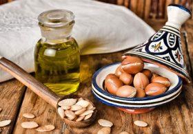 Cách sử dụng tinh dầu argan dưỡng tóc tại nhà