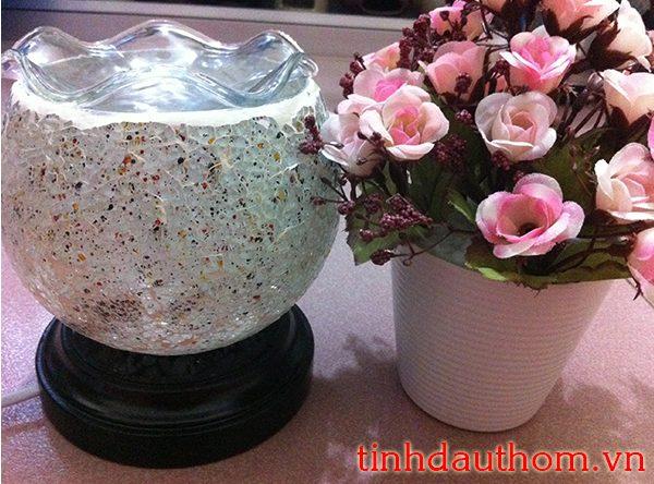 đèn xông tinh dầu gốm pha lê trắng