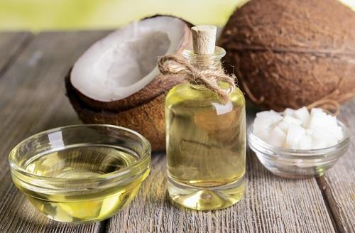 Tinh dầu đặc trị cho da mụn