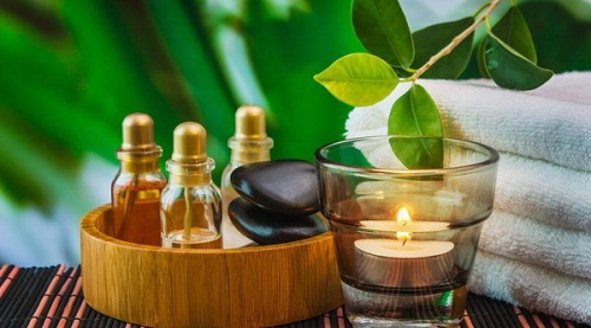 Điểm danh 7 loại tinh dầu đặc trị cho da mụn