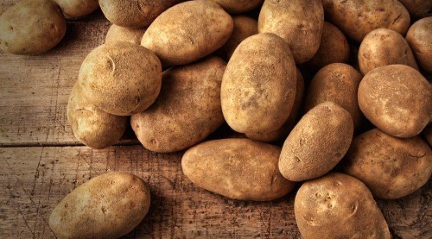Trị mụn trứng cá bằng khoai tây – Siêu công thức làm đẹp