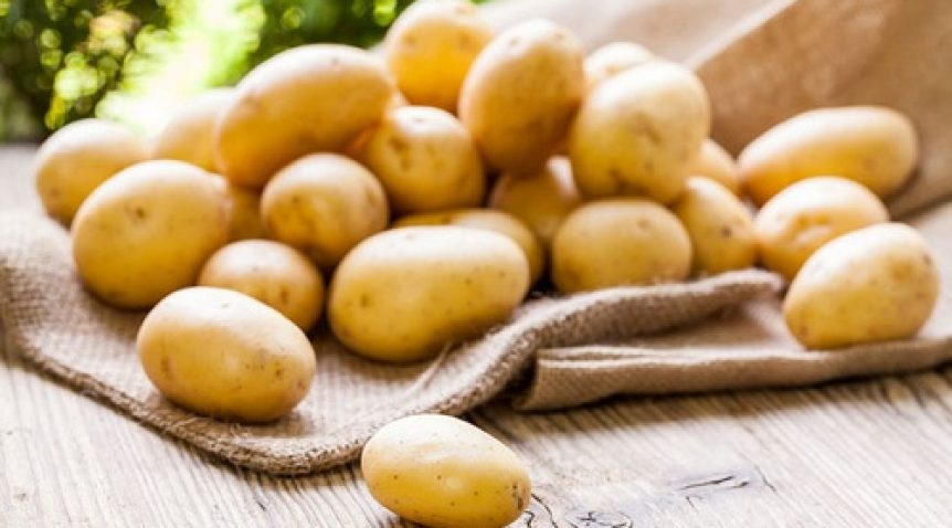 Hướng dẫn cách làm mặt nạ khoai tây trị mụn đầu đen