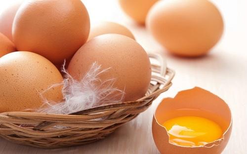 mặt nạ trị mụn đầu đen bằng trứng gà