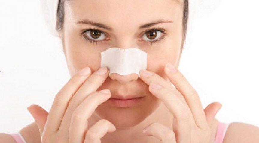 Hướng dẫn cách trị mụn đầu đen ở mũi tại nhà