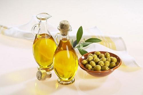 Trị tàn nhang bằng dầu oliu