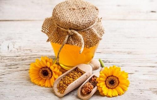 trị tàn nhang bằng mật ong