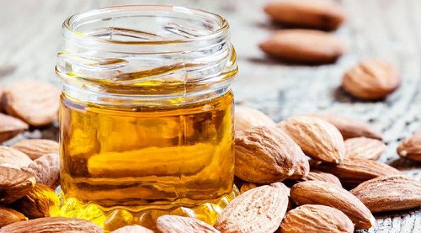2 Cách dùng tinh dầu hạnh nhân dưỡng da đơn giản