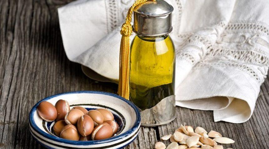 Các loại tinh dầu tự nhiên giúp dưỡng mi cong vút