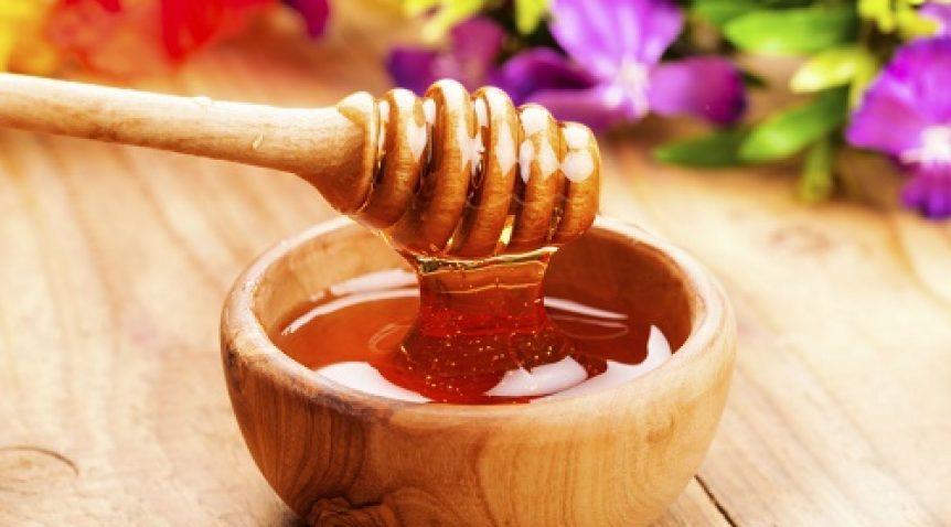 Top 5 cách làm đẹp da mặt với mật ong hấp dẫn nhất