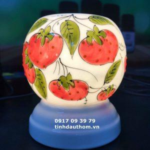 Đèn gốm vẽ quả dâu tây