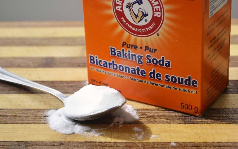 tri-mun-cam-bang-baking-soda-1