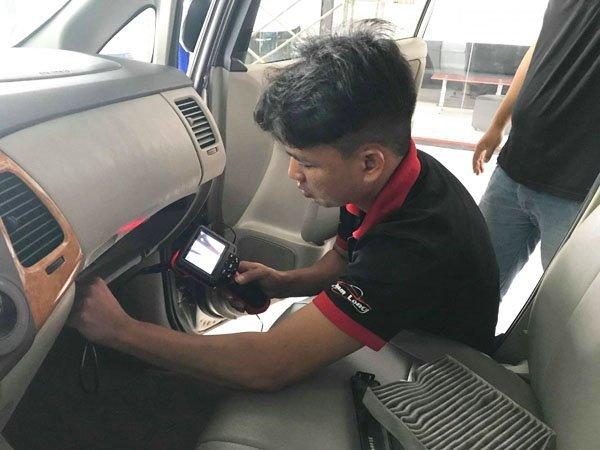 Chia sẻ kinh nghiệm khử mùi trên xe ô tô