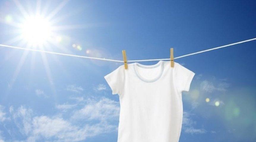 Khử mùi quần áo giặt là